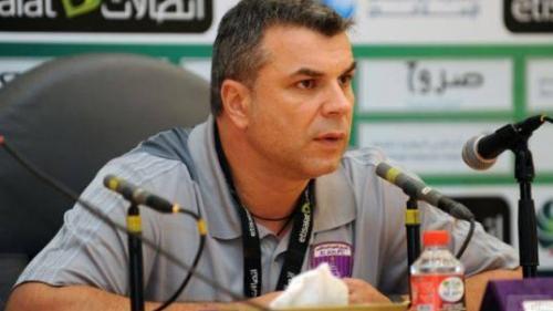 Antrenorul Cosmin Olăroiu a câştigat titlul cu Al Ahli Dubai în Emiratele Arabe Unite