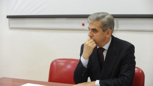 """Eugen Nicolăescu: """"Toată lumea vorbește de spitale, dar nimeni nu face nimic"""""""