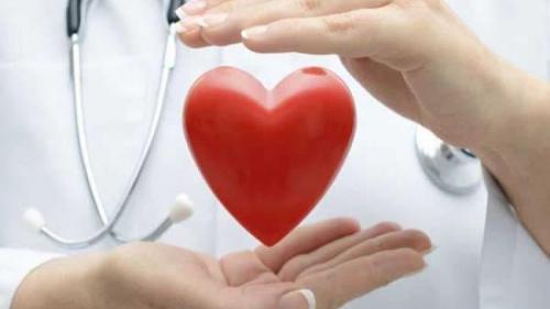 Atacul de cord. Care sunt simptomele asociate și cum trebuie să acționăm în caz de urgență?
