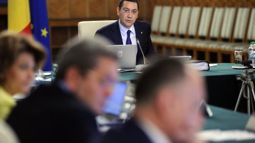 Surse: Încă un ministru din Guvernul Ponta este vizat de DNA