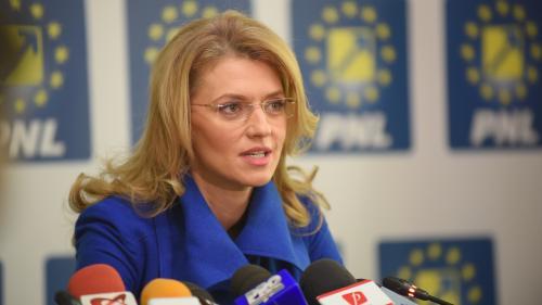 Ce a declarat Gorghiu despre premierul Cioloș