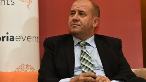 Adrian Pintea: Peste 150.000 ha de terenuri agricole sunt oficial nelucrate