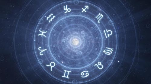 Horoscop zilnic, 8 decembrie. Împărtăşeşte gândurile cu cineva pentru a nu o lua pe drumuri iluzorii