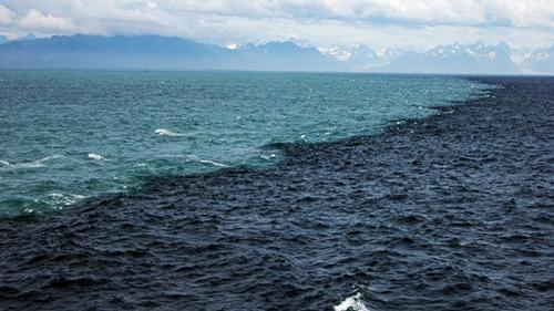 Superlativele mapamondului. Locul unde se întâlnesc două oceane, fără a se contopi (VIDEO)