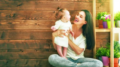Creierul femeilor se modifică în primii doi ani după ce devin mame