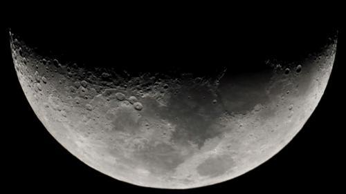Oamenii de ştiinţă israelieni avansează o nouă teorie despre formarea Lunii