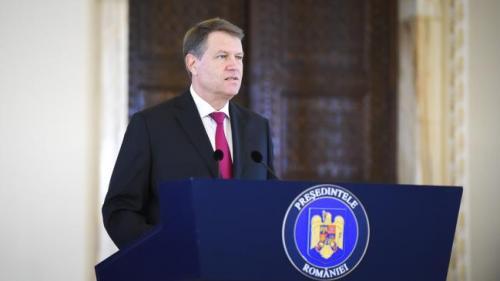 Ce va face preşedintele Iohannis cu legea privind scutirea pensionarilor de la plata CASS şi neimpozitarea pensiilor sub 2.000 lei