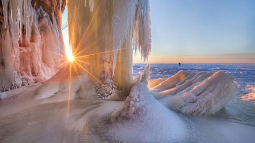SUPERLATIVELE MAPAMONDULUI. Top 8 cele mai frumoase PEISAJE DE IARNĂ din lume  (galerie FOTO)