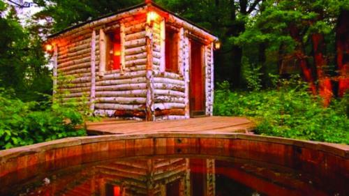 Vacanță de lux la țară: de la saună în pădure, la ateliere de țesut