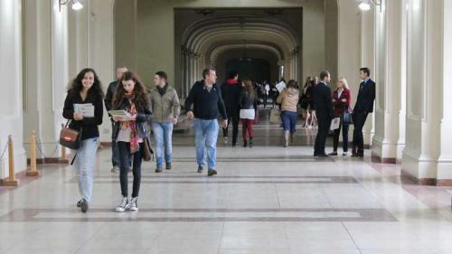 Universitatea Bucureşti schimbă nota de admitere