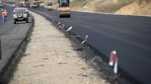 Se deschid 15 km de autostradă