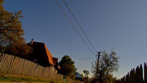 În satul românesc s-a răsturnat căruţa cu investiții proaste