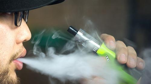 3 lucruri pe care nu le ştiai despre ţigările electronice