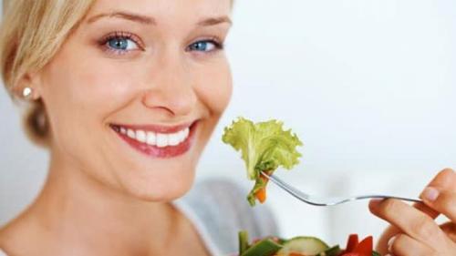 Tratamente naturiste. 14 remedii naturale pentru o DIGESTIE UȘOARĂ