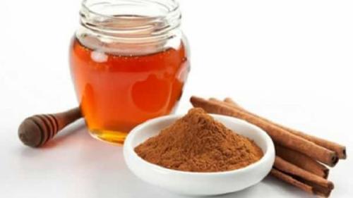 Diete sănătoase. Află cum slăbeau bunicile noastre doar cu miere și scorțișoară. Planul de dietă