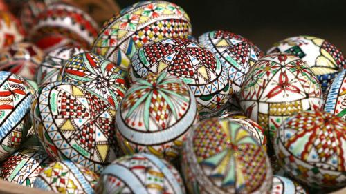 De ce se vopsesc ouăle de Paște