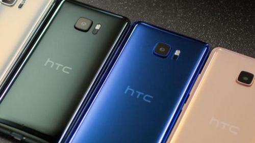 HTC Ocean, noul vârf de gamă HTC, ar putea veni într-o carcasă glossy protejată de apă şi praf