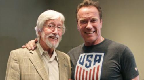 Schwarzenegger va fi naratorul unui documentar realizat de fiul lui Cousteau despre lumea oceanelor