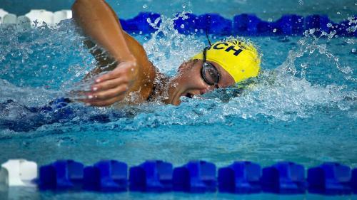 De ce e bine să înotăm cu ochelari de protecție