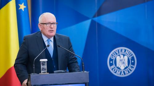 Frans Timmermans: Sistemul juridic român a devenit un model pentru alte state membre. Fiţi mândri de asta!