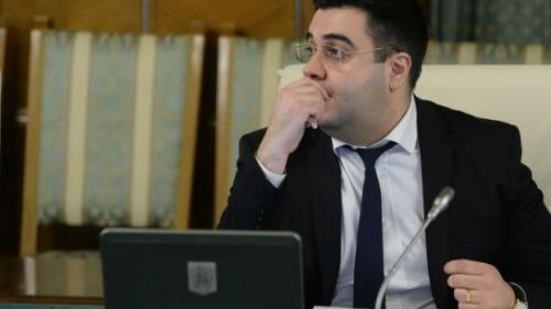 """Ministrul Transporturilor: Lucrăm la un proiect de lege ca să nu mai blocheze licitaţiile tot felul de """"contestatari de meserie"""""""