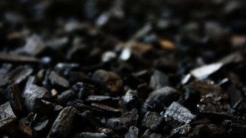 Producţia de cărbune a scăzut cu 4,1% în primele două luni; importurile s-au redus cu 53,4%
