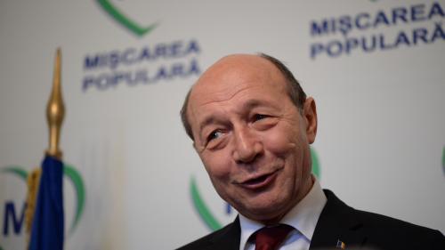 """Un fost europarlamentar îl atacă DUR pe Traian Băsescu: """"Un singur amendament: E graţiată Nuţica"""""""