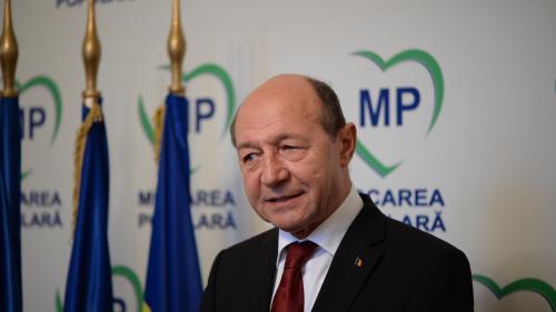Băsescu nu respinge ideea unei colaborări parlamentare cu PSD
