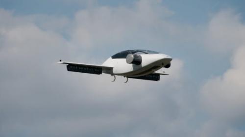 Mașina zburătoare Lilium a decolat cu succes