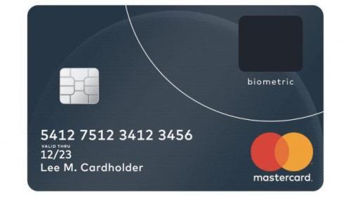 Mastercard a lansat un card care include senzor de amprentă
