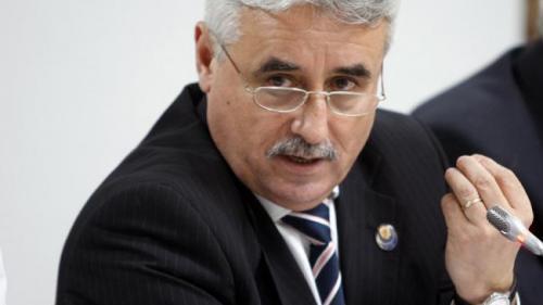 Ministrul Finanţelor: Afirmaţia că cineva a tăiat banii de investiţii ca să protejeze deficitul este total incorectă