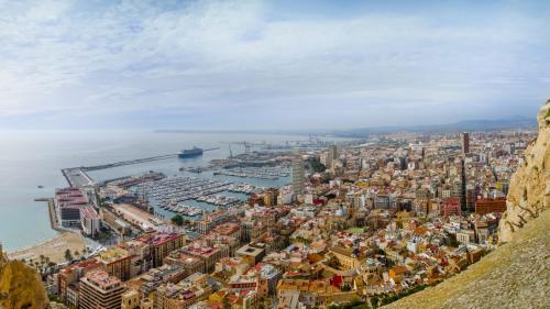 Destinația săptămânii.Alicante, orașul cu gust de vară