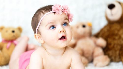 Doctorii i-au recomandat următorii pașipentru a-și crește bebelușul.Iată ce a făcut mama în schimb!