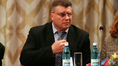 Nicu Vlad candidează la preşedinţia Federaţiei Internaţionale de Haltere