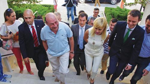 Udrea, Ioana Băsescu şi Andronic, trimişi în judecată