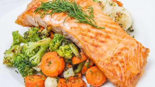 Alimentația și bolile cardiovasculare: cum să-ți protejezi inima printr-o alimentație echilibrată