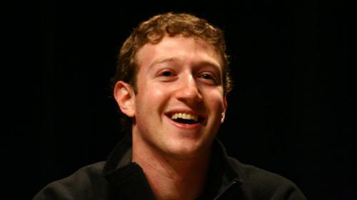 După 13 ani, Zuckerberg a primit diplomă de la Harvard
