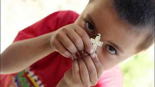 Și ei au nevoie de copilărie. Slobozia de Giurgiu: un preot și preoteasa lui, părinți pentru 30 de suflete (Galerie Foto)