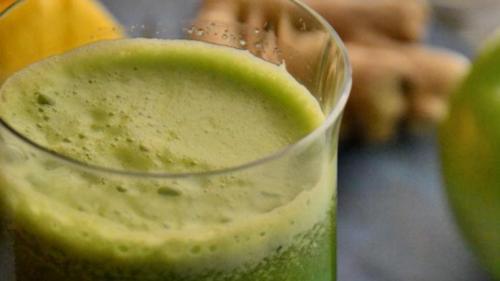 """Tratamente naturiste. """"Sângele verde"""" – alimentul perfect, tratamentul-minune pentru 100 de boli"""
