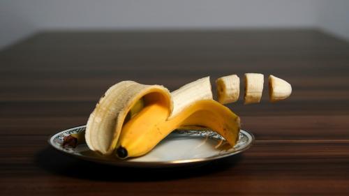 Bananele, recomandate elevilor și studenților în timpul examenelor