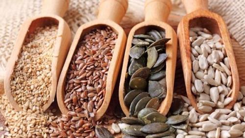 Tratamente naturiste. Semințele care au puterea să vindece ori să prevină 9 boli, între care și CANCERUL