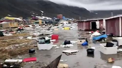VIDEO - Tsunami în Groenlanda după cutremurul de duminică. 4 persoane, date dispărute