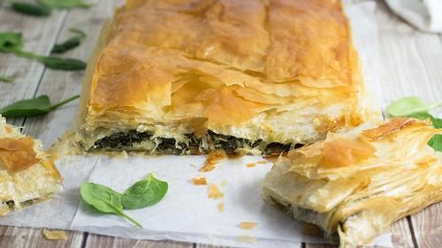 Plăcinta dobrogeană a Chiraței (rețetă armânească)