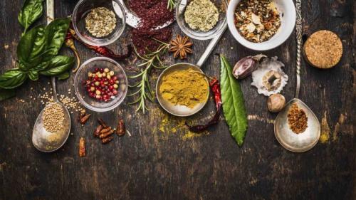 Ingredientul neprețuit: Beneficii de sănătate și curiozităţi ale celui mai scump condiment din lume