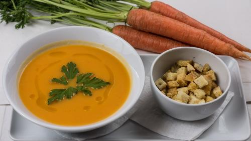 REŢETA ZILEI: Supă cremă de morcovi