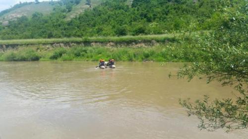 Harghita: Un adolescent s-a înecat într-un lac format pe locul unei balastiere