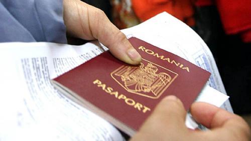 Anunț important pentru părinții care călătoresc cu copiii în străinătate. Declarația notarială obligatorie.