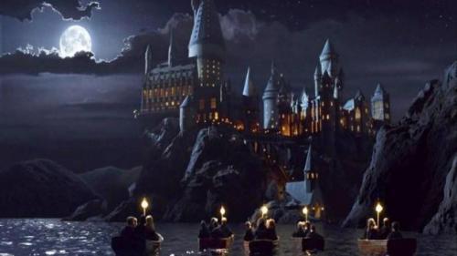 Fanii Harry Potter se vor putea bucura în toamnă de două noi cărți