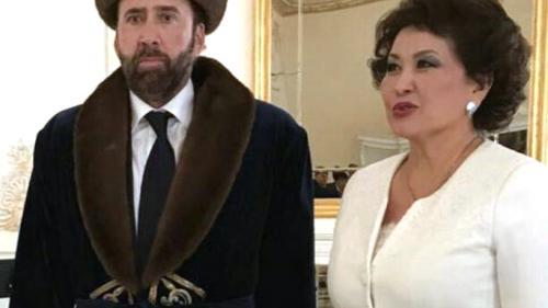 Nicolas Cage, ținta glumelor după ca a apărut îmbrăcat în costum kazah
