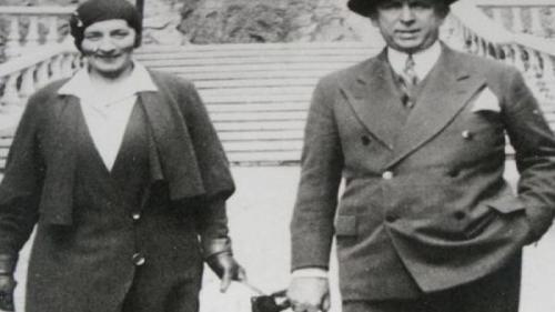 """""""Privighetoarea lui Hitler"""". A fost căsătorit poetul Octavian Goga cu o spioană nazistă? Află adevărul"""